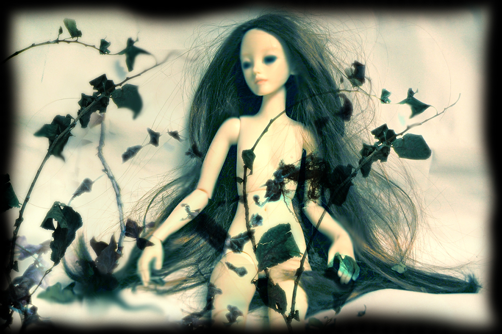 ophelia-art-doll-nigredo-painting
